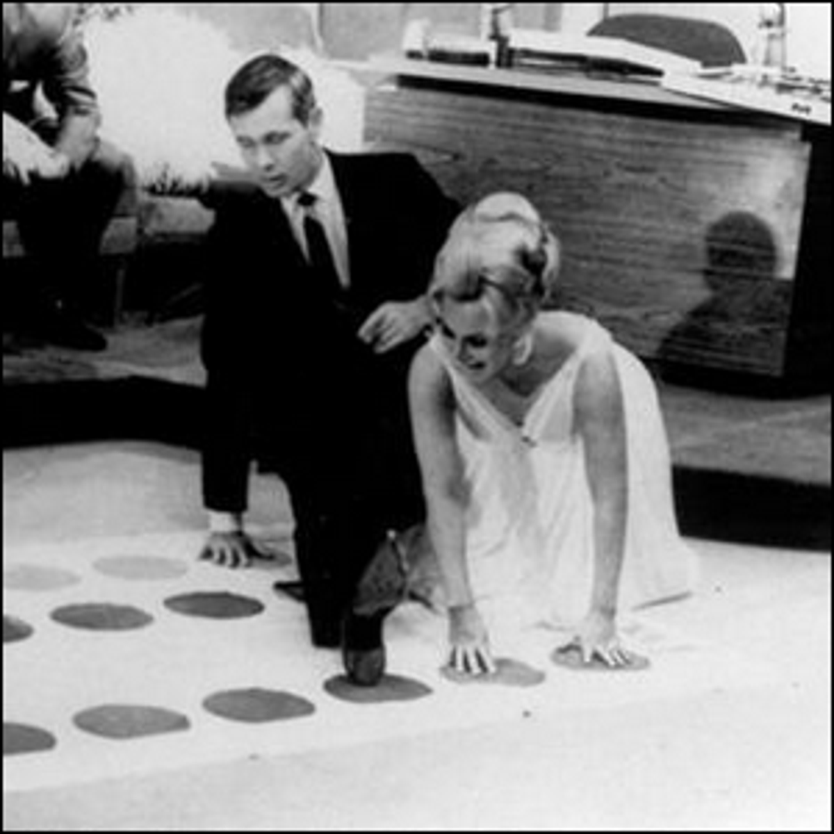 Johnny Carson and Eva Gabor playing Twister on The Tonight Show.