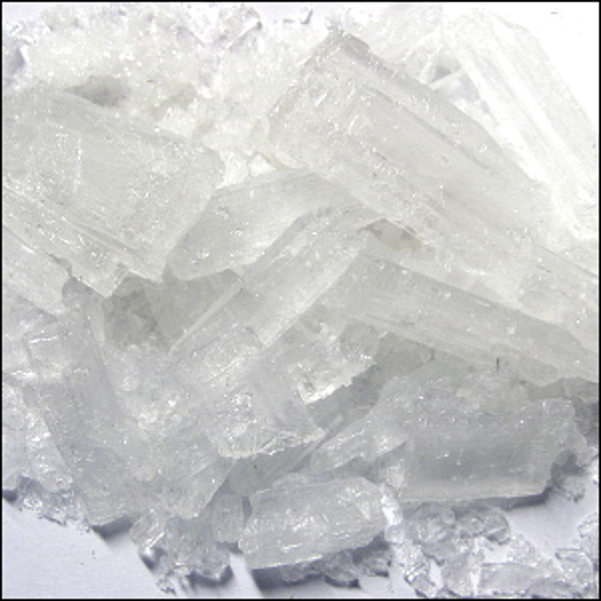 A batch of Lead(II)Acetate trihydrate crystals.