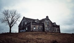 5 of the Scariest Haunted Places in the United States