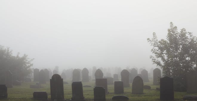 8 Weird and Spooky Urban Legends about Cemeteries