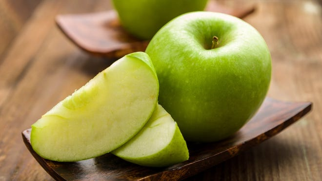 """Was """"Granny Smith"""" a Real Person? The True Story Behind the Apple's Namesake"""