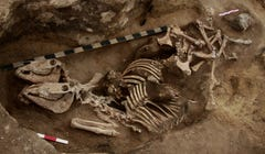 """Burial Pit May Contain Horseback-Riding """"Sheriff Of The Bronze Age"""""""