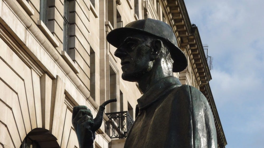 Statue of Sherlock Holmes at Marylebone Road, London